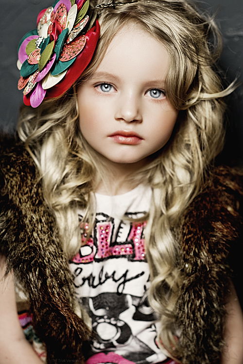 K Baby Model Evelina Voznese...