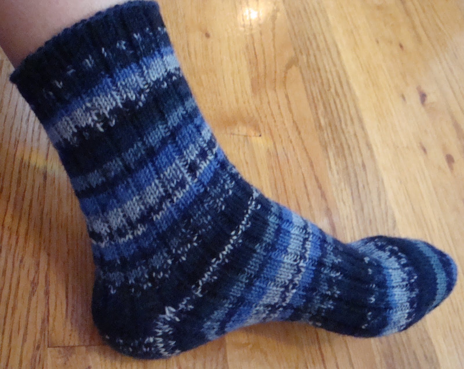 Kim\'s Knitting Korner: Wise Hilda\'s Ribbed Socks
