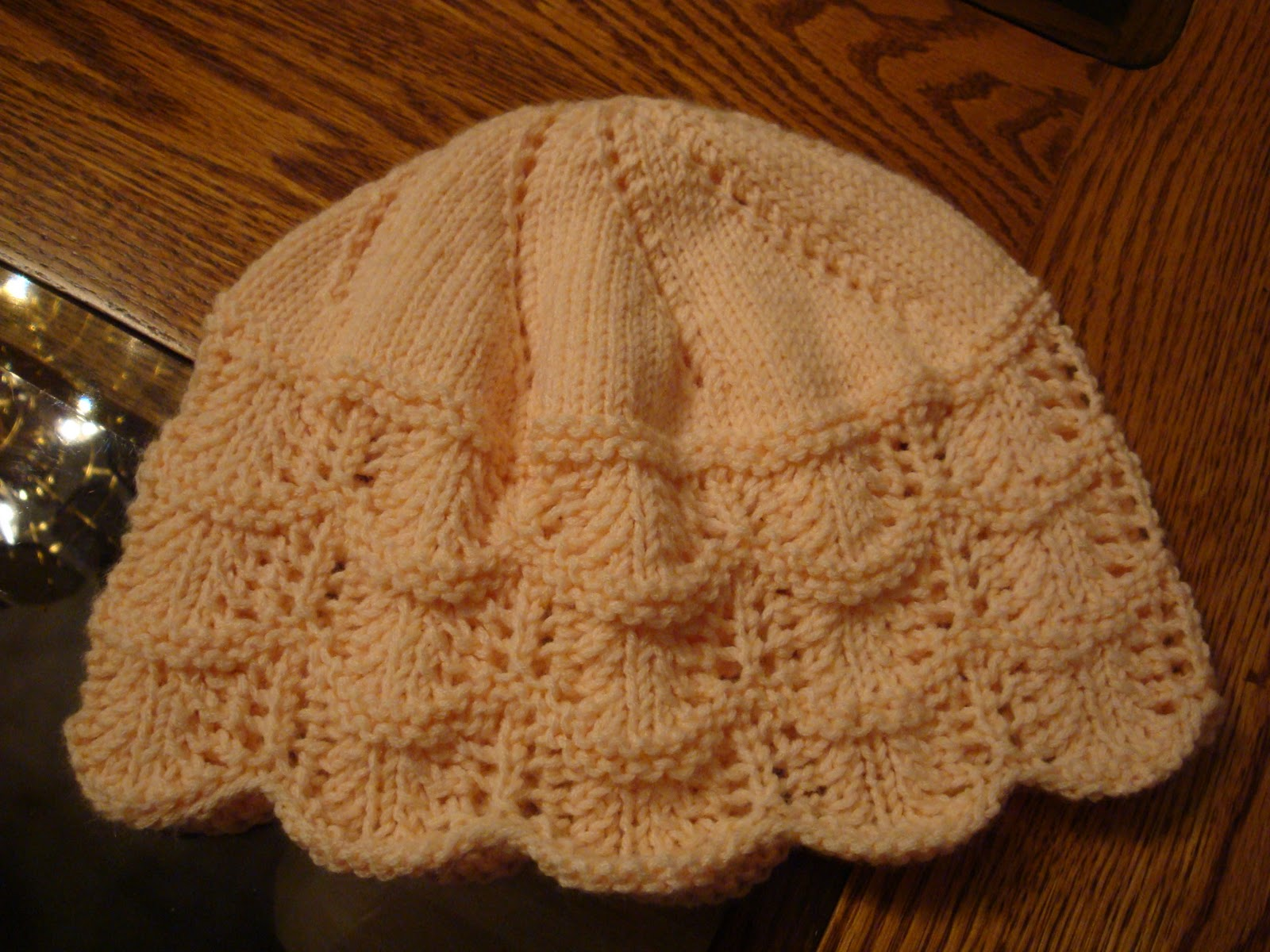 Kim\'s Knitting Korner: Foaming Waves Chemo Cap