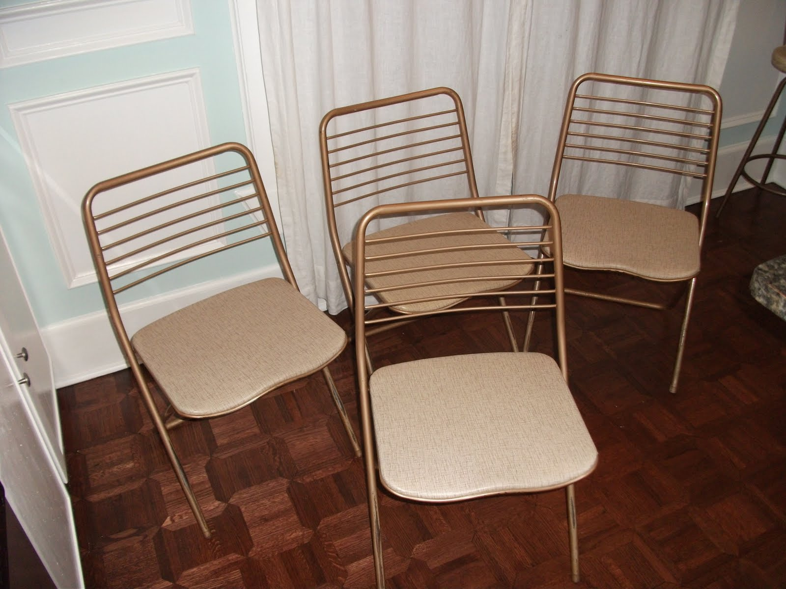 living in the past 50s folding chairs