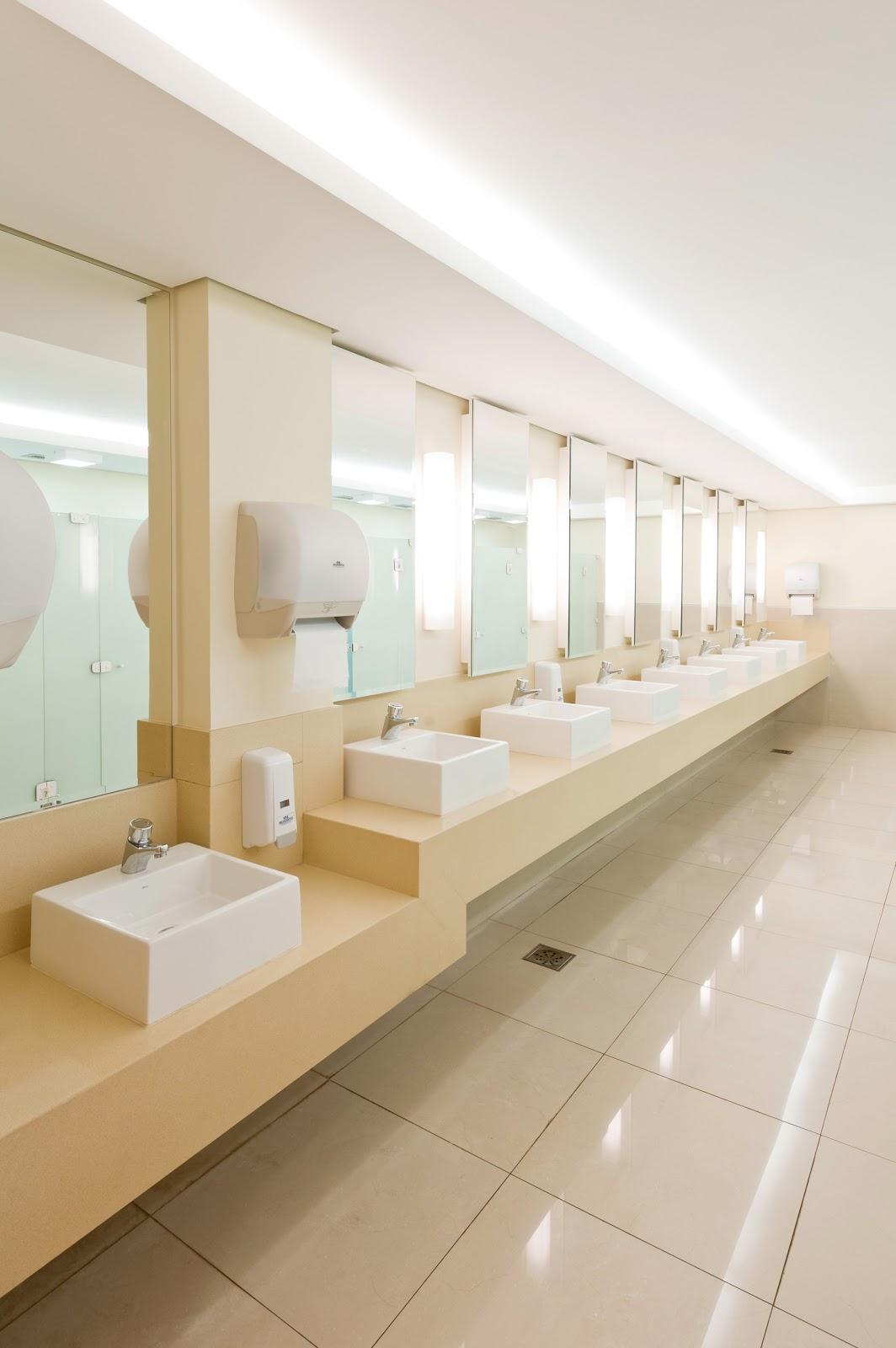Arquiteto Daltônico: Novos banheiros do Taguatinga Shopping #4F381B 1064 1600