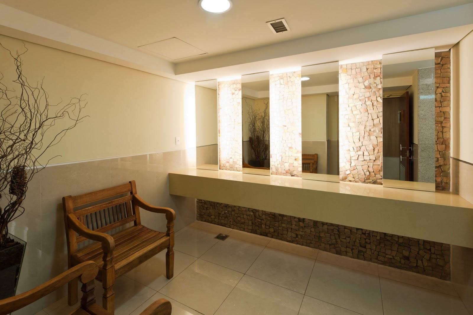 Arquiteto Daltônico: Novos banheiros do Taguatinga Shopping #9B6E30 1600 1065