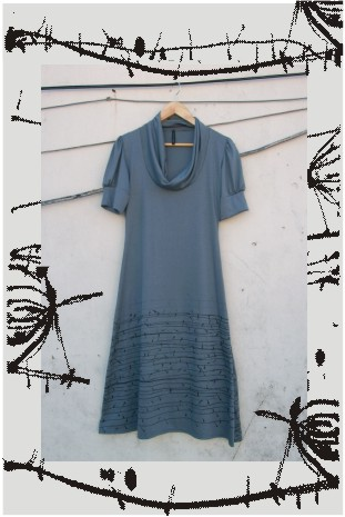 vestido cardo gris