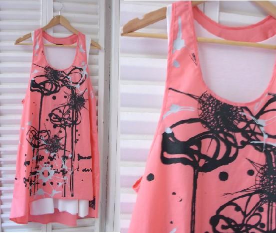 vestido manchas coral