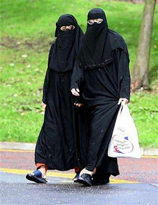 shiite muslims symbols. I am a Shia Muslim