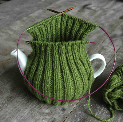 Knitting Patterns With Round Needles : Knitting in the Round on TWO Circular Needles