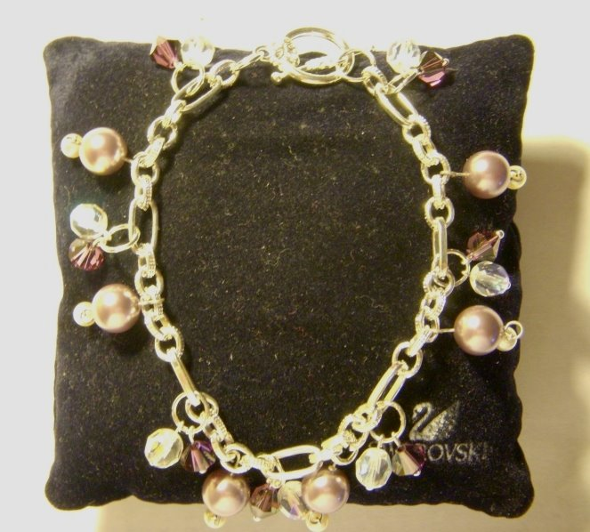 Mauve pearls & Swarovsky bracelet