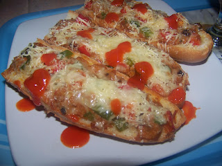 Spicy Tuna Bruschetta With Paprika & Cheese