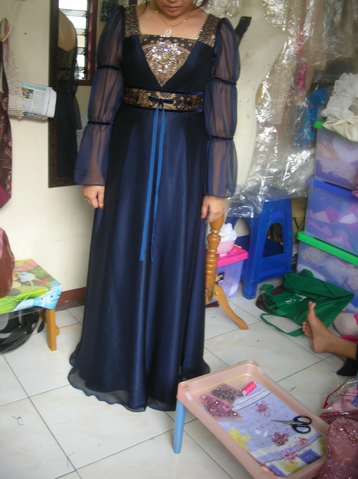 Gambar Gaun Dari Batik Deskripsi Dari Gambar Gaun Batik