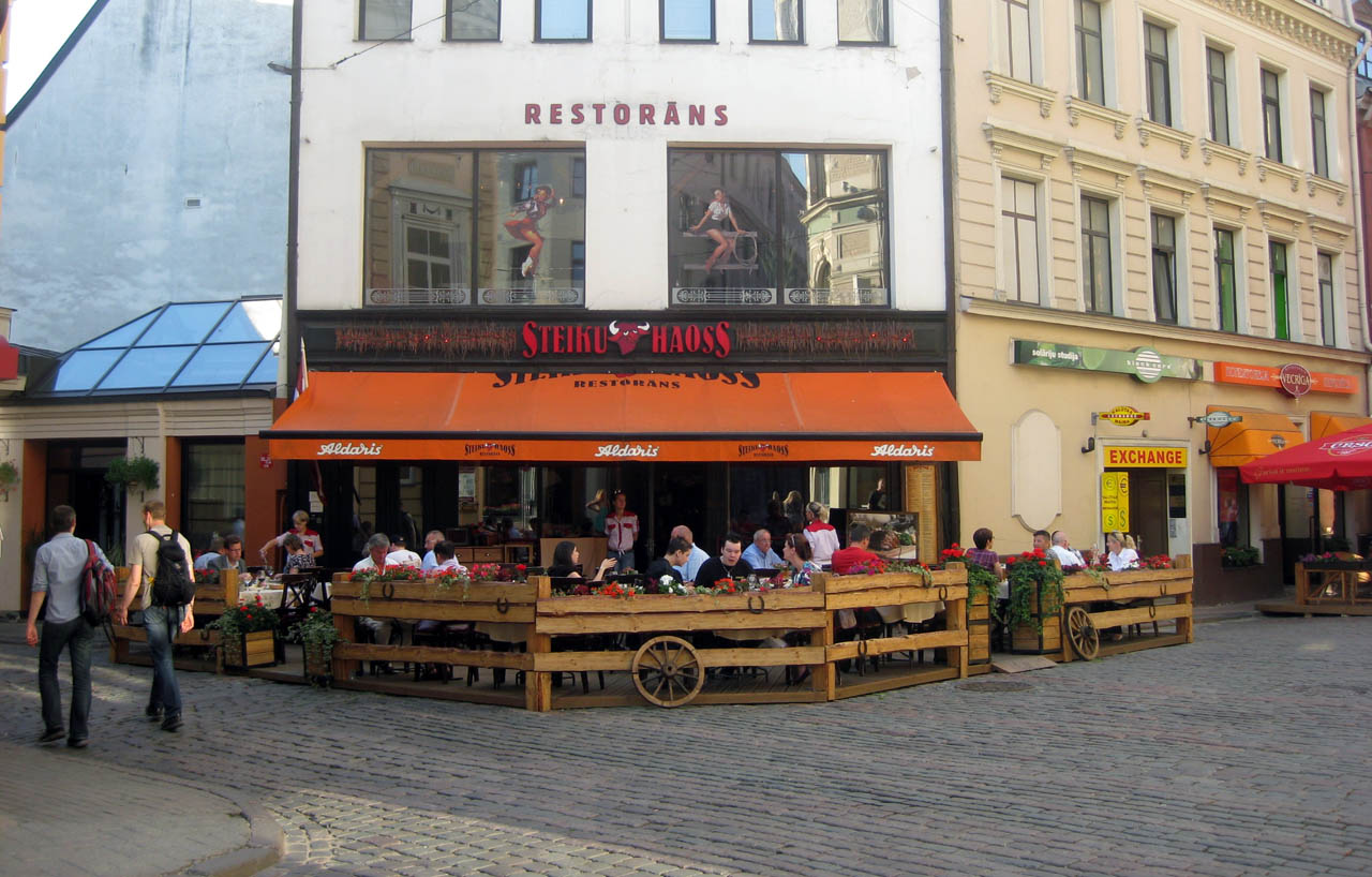 Riga daily photo sights famous places and people for Terrace 6 pub indore