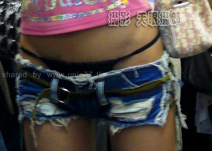 http://4.bp.blogspot.com/_EHi0bg7zYcQ/TL--rIMaFPI/AAAAAAAAPdY/SISLRgzqBhk/s1600/girl_in_shorts_01.jpg