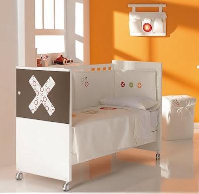 Muebles y muebles de madera muebles de dise o tiendas de for Muebles infantiles de madera