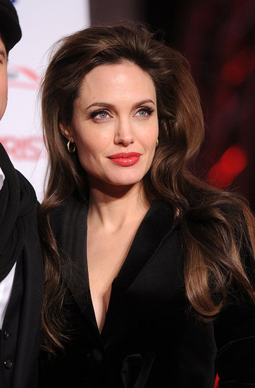 Angelina Jolie Hair In The Tourist. Angelina Jolie gets another