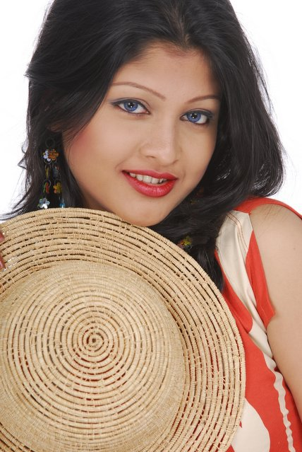 Banglalink's Model Sarika's hot sexy cool sexy pictures gallery-Bangladesh