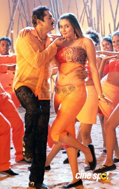 http://4.bp.blogspot.com/_EJa8j2CAxpw/S_QjowoKwUI/AAAAAAAAF-Y/qjGcT9gAL1E/s1600/Namitha+in+Mosagallaku+Mosagadu+Sexy+Photos+Namitha+Hot+sexy+Pics+%288%29.jpg
