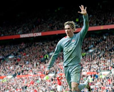 Steven Gerrard hailed Fernando