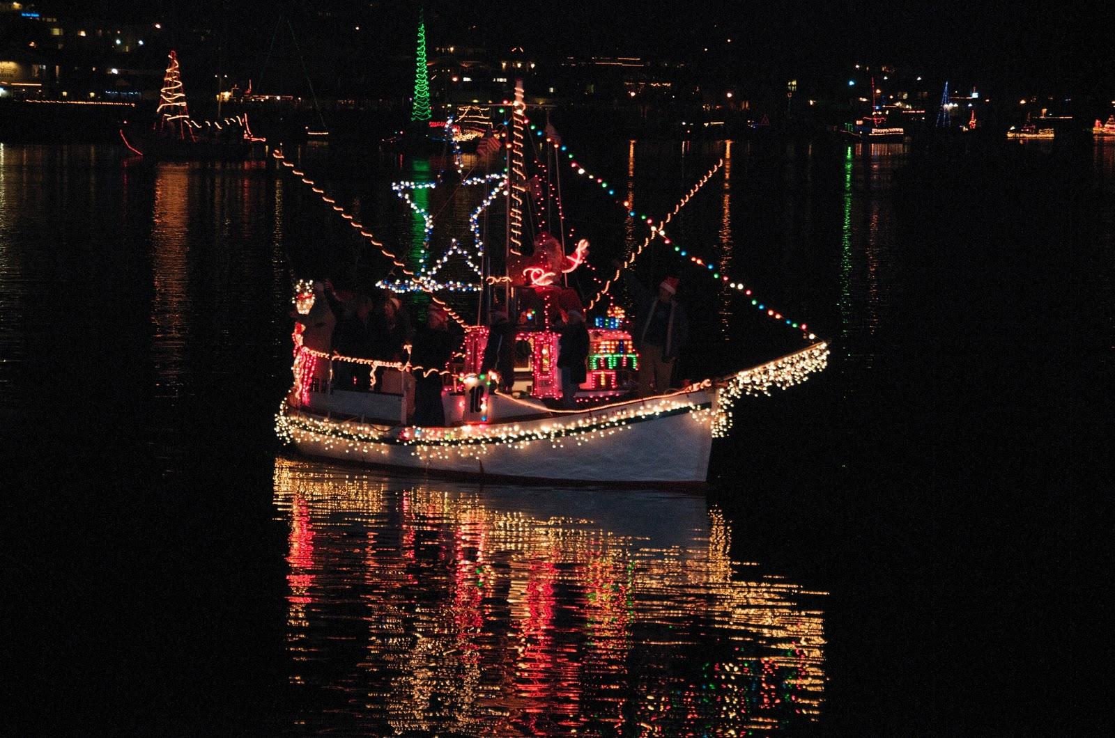 holiday boat parade