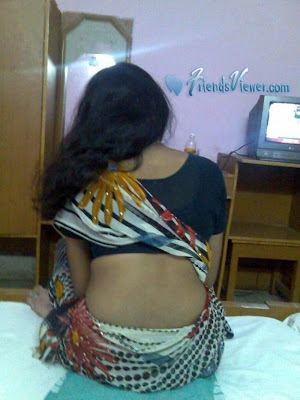 Hot Indian Girls and Aunties
