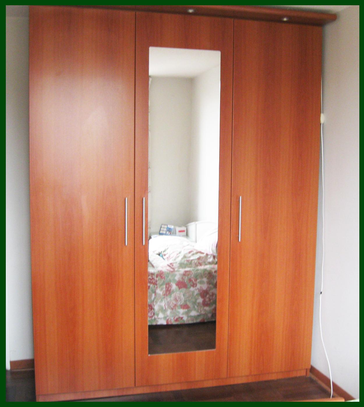 Muebles decoratiba adolfo ibarra v closet 03 puertas - Tiradores para puertas ...