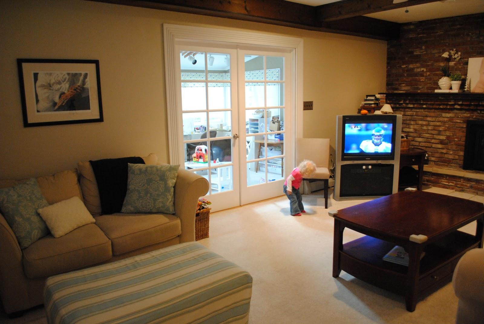 Light Living Room Living Room Renovation Part One The Problem Making Lemonade