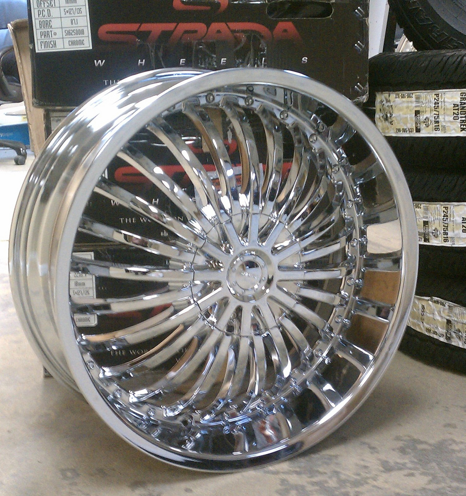 A2i Strada Spina Chrome Wheels 20 Quot 22 Quot And 24 Quot Chrome