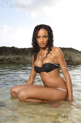 Selita Ebanks hot photo