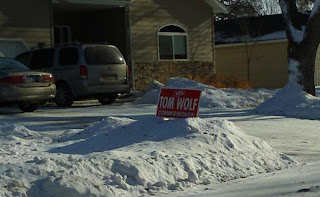 Campaign Sign: Vote Tom Wolf, Commissioner, North Chicago Ave., Madison, SD