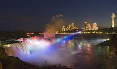 Beautiful Niagara Falls at Night