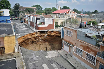 Giant sinkhole in Guatemala