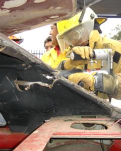 Proteccion Civil de Fuentes en practica en un vehiculo