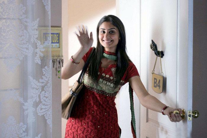 <br />hot sexy bhanusri mehra varudu movie photos