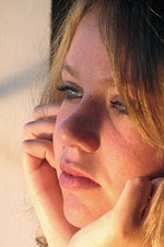 """Si yo fuese...""   (Renesme/Jacob) Chica_pensando"