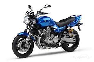 Yamaha XJR 1300 Motorcycle