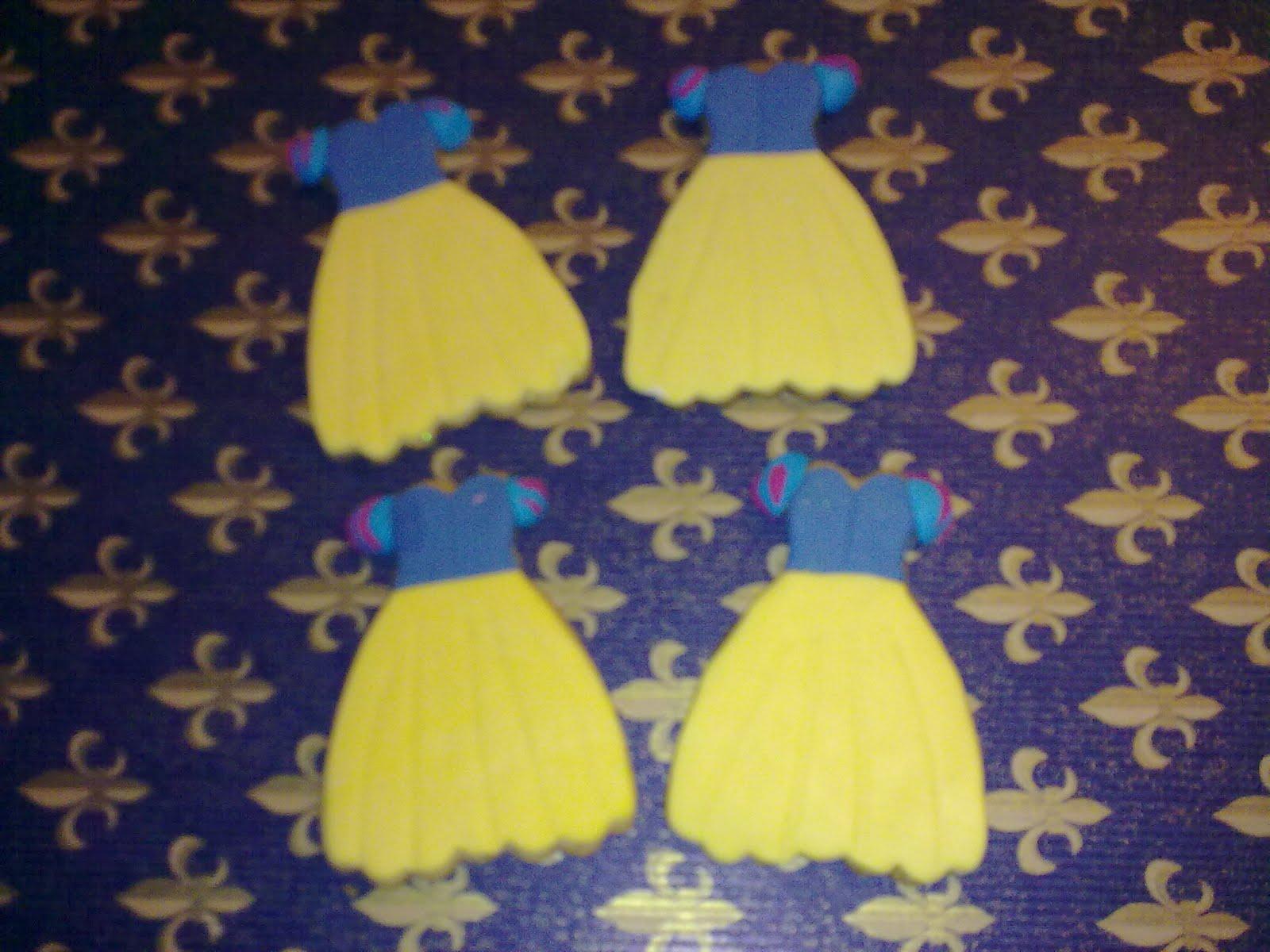 Seguidas por las galletas con forma del vestido de la princesa ...