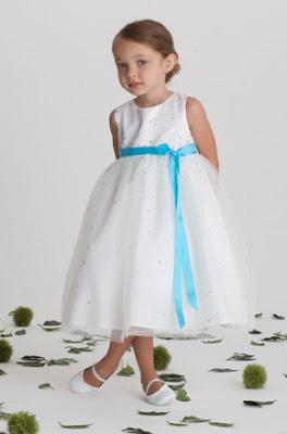 فساتين افراح للاطفال 2011