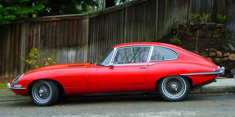 California Streets: San Ramon Street Sighting - 1966 Jaguar E-Type 2+2