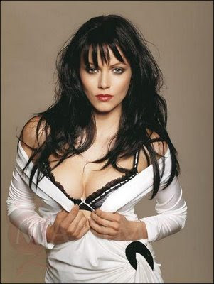 My World & My feelings: Yana Gupta Topless