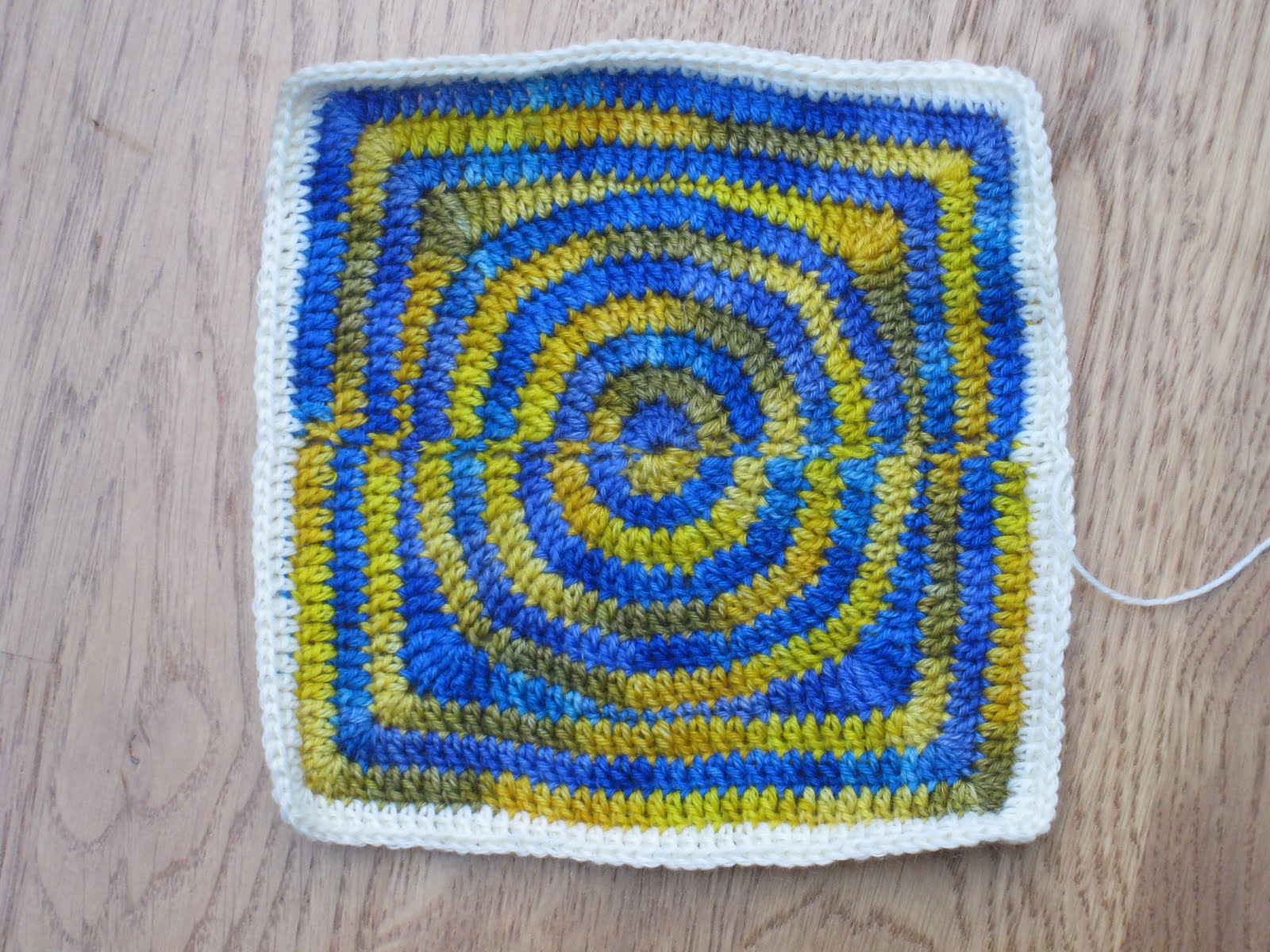 Join-As-You-Go Loops Round On Second Afghan Square
