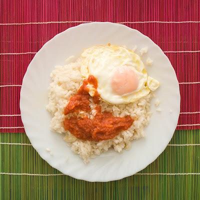 arroz con huevos