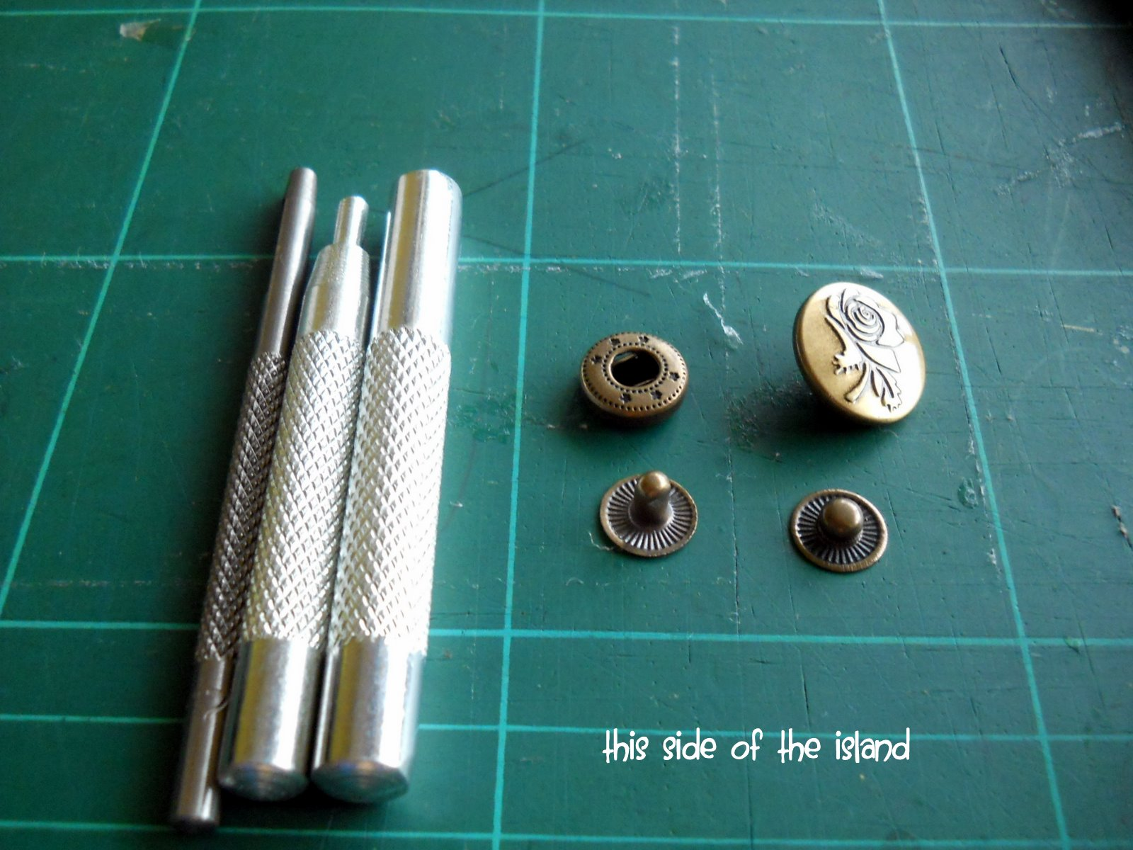 snap fastener tool instructions