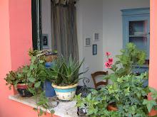 la camera blu vista dal terrazzo