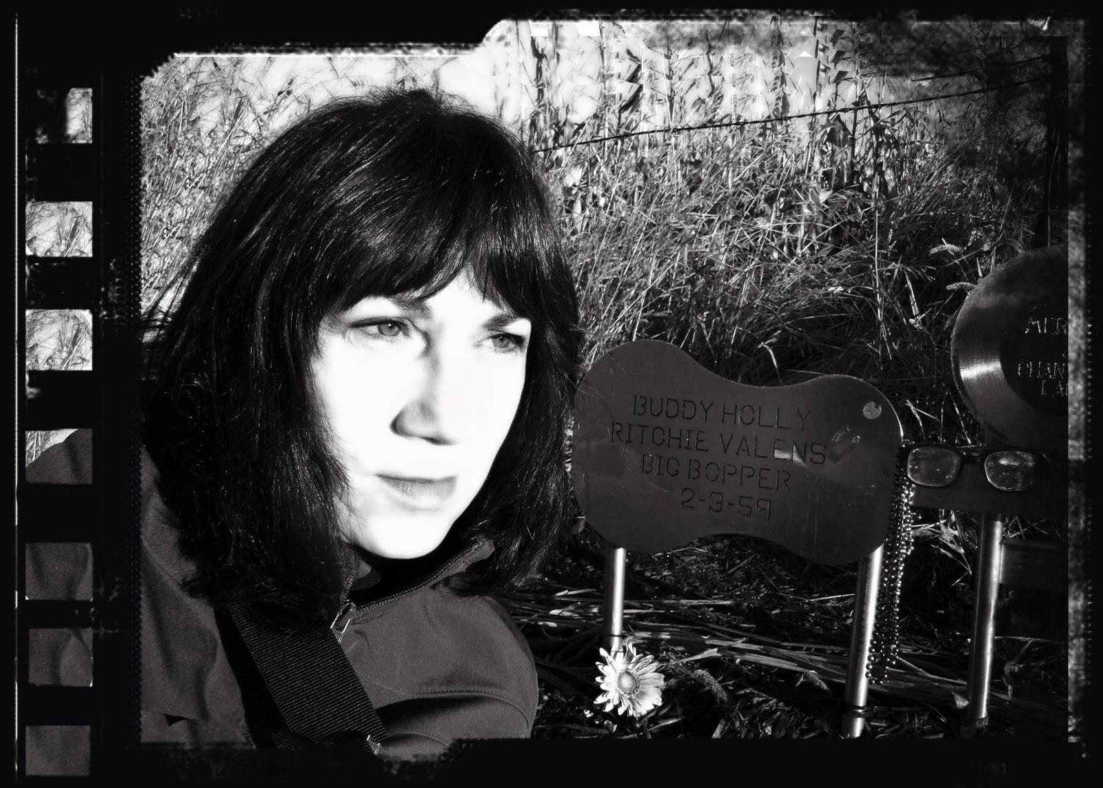 Ritchie Valens Casket Ritchie valens casket
