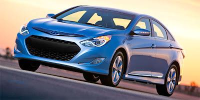 Hyundai's new Sonata Blue Drive hybrid - 2010