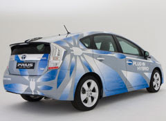 About Toyota Prius Plug-in
