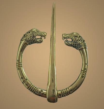 http://4.bp.blogspot.com/_E_o_0Bdm4GA/TJzikj8LRpI/AAAAAAABAOg/Esy1p0D0_08/s1600/Oseberg+Ring+CLOAK+PIN+Bronze.jpg