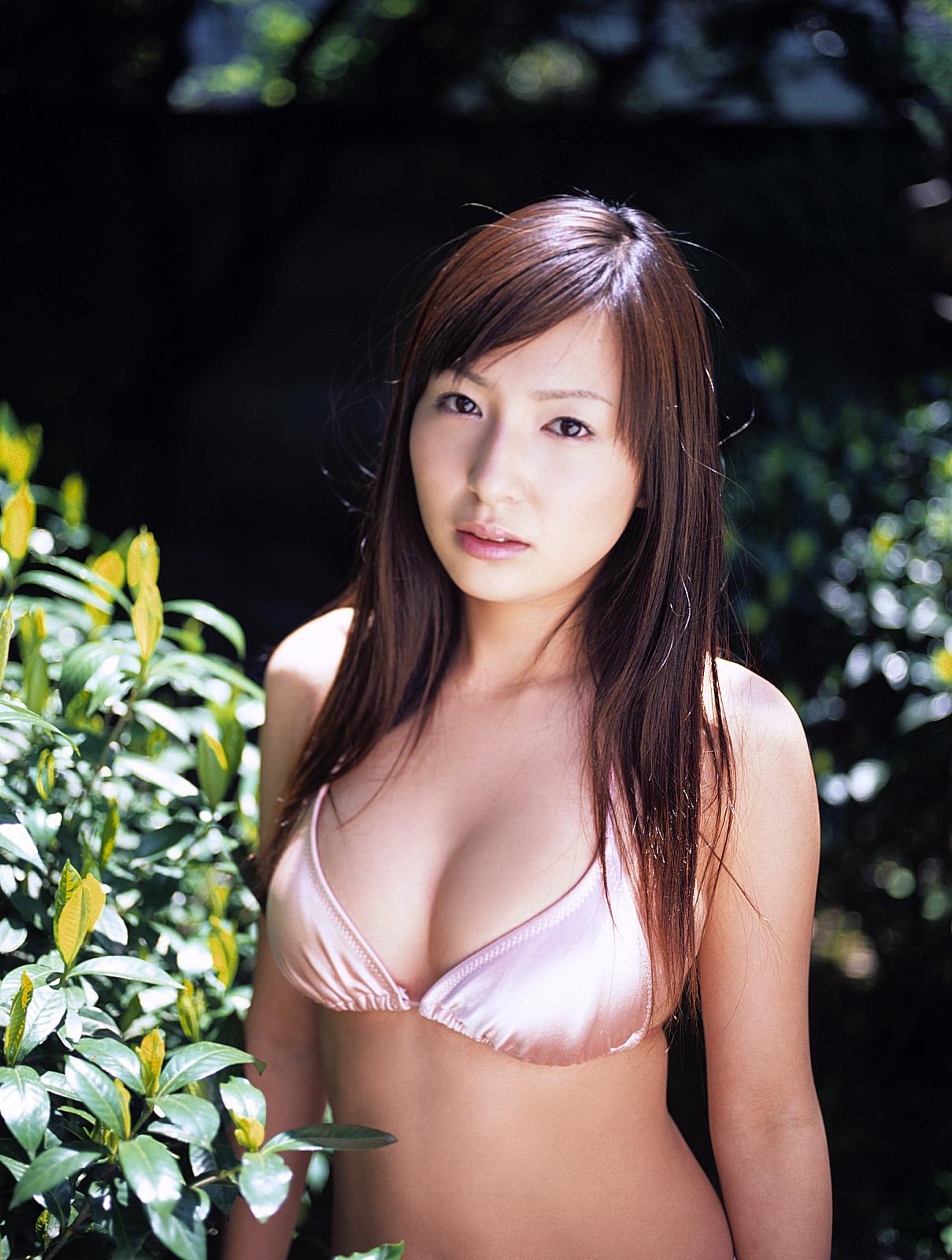 [idol_ishii_meguru009.jpg]
