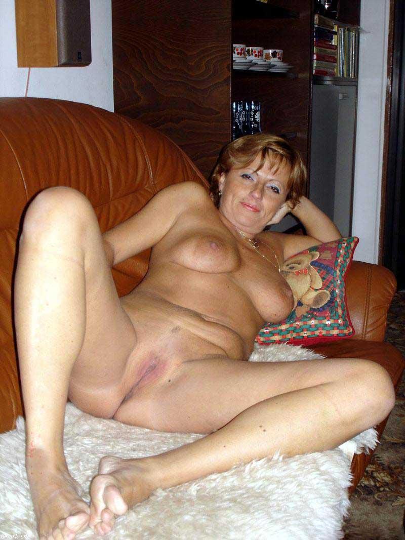 Cougar Nude Mature Women