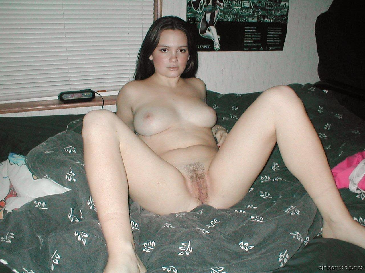 Фото личное девственниц, Фото писи девственницы Фото пизды крупно 3 фотография