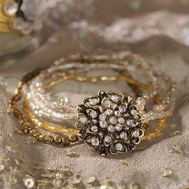 [gold+bracelet]