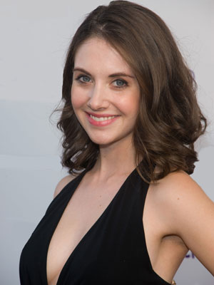 alison brie twitter. Alison Brie#39;s Twitter